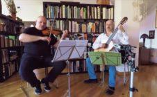 KingBigSmallDuo play Bartók